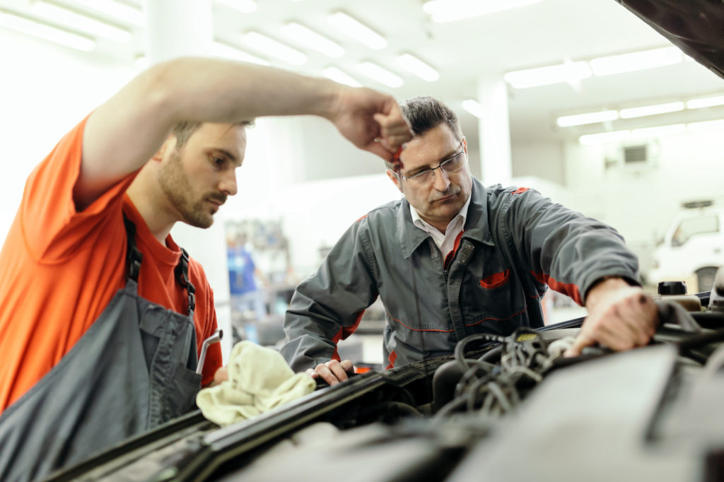 AVR Automotive servicing car